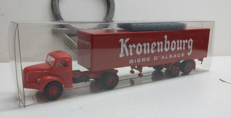 #85426-Berliet TLR 8 Kronenbourg