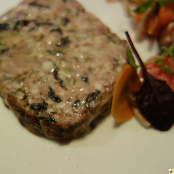 Terrine de foies de volailles, pickles de légumes (1)