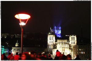 cathédral + lampe rouge