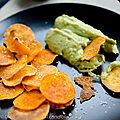 Chips de patates douces au guacamole