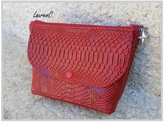 TROUSSE SIMILI DRAGON ROUGE RABAT