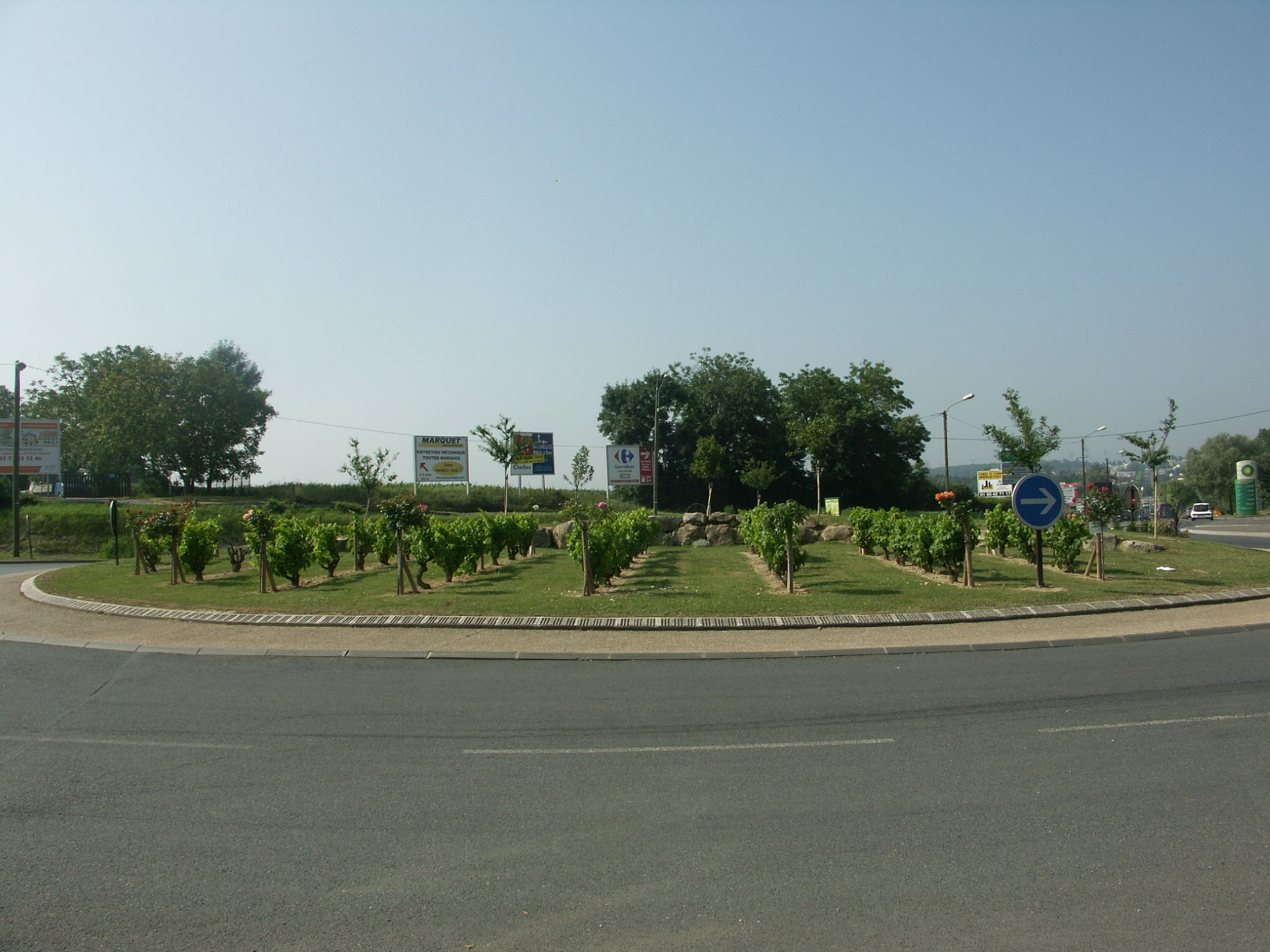 Magasin saint thibault des vignes for Garage volkswagen st thibault des vignes