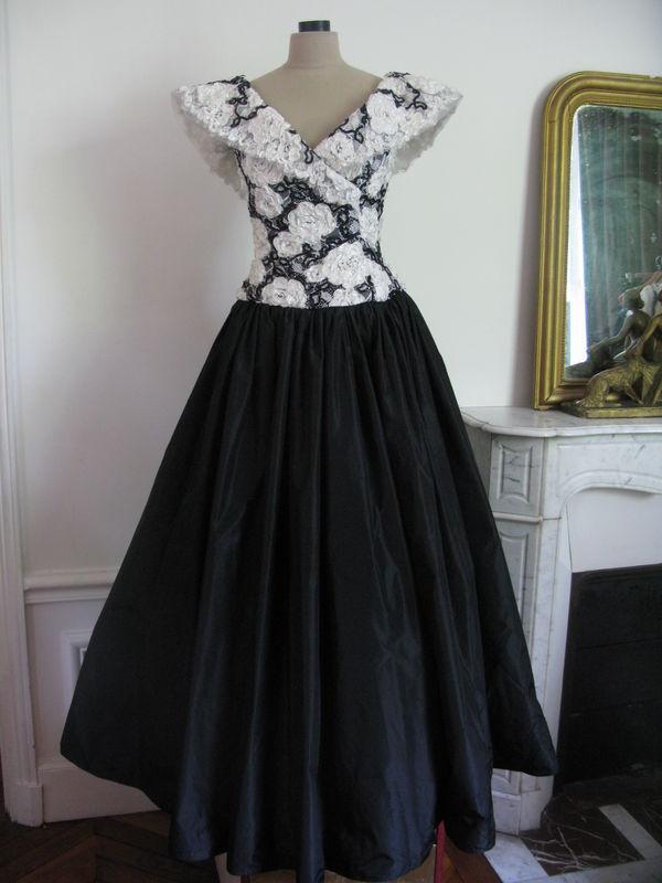 1579 Grande Robe De Bal Dans Le Style Années 50 Taille 36 38 Pictures