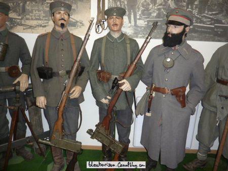 soldats bavarois avec leur sous-officier