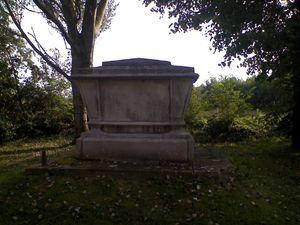 churchyard4