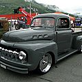 Ford F-1 custom 1952