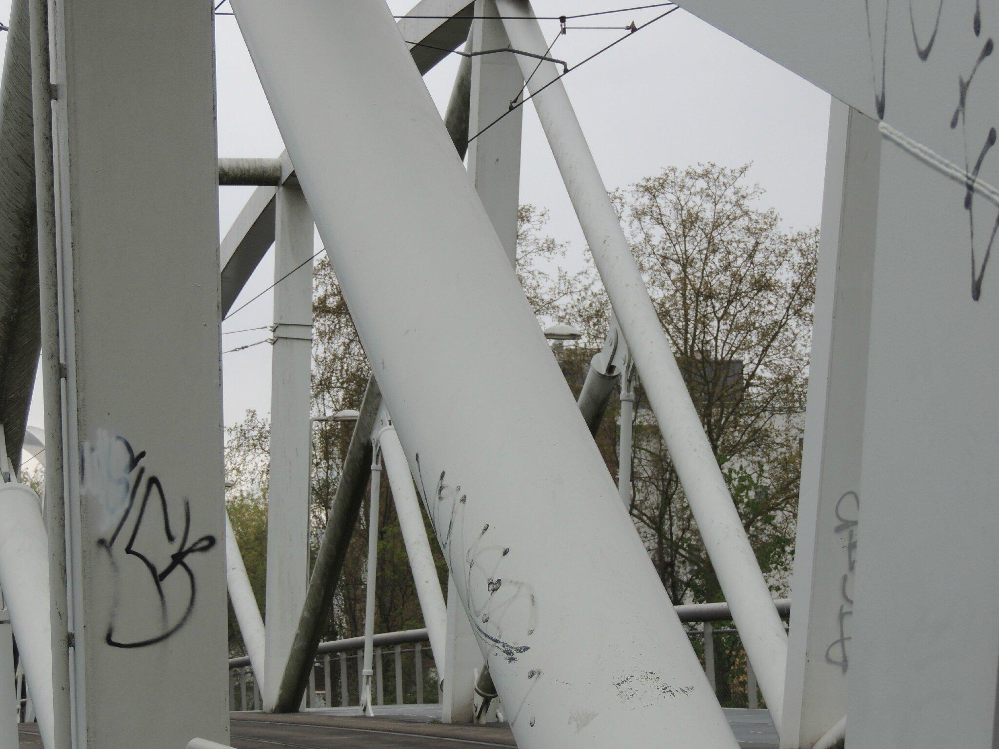 le pont de l' Elmerforst