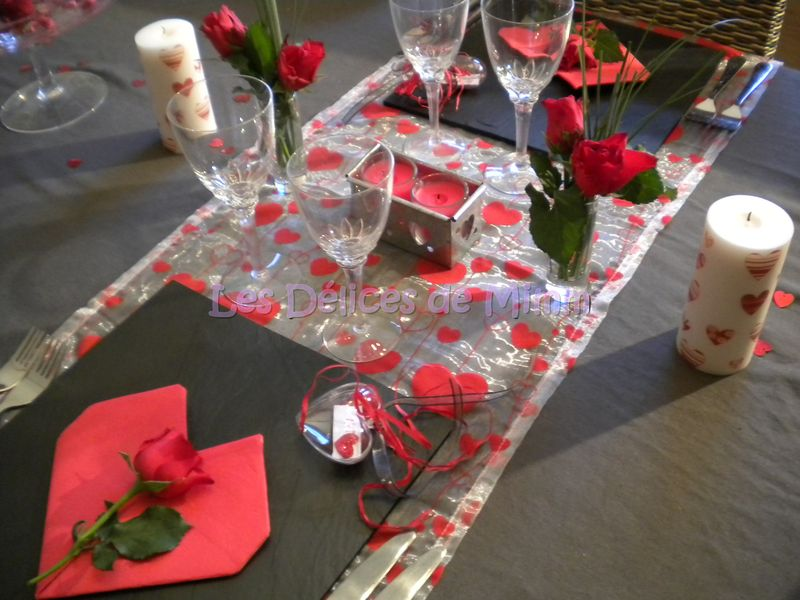 Une table pour la saint valentin les d lices de mimm for Deco table st valentin