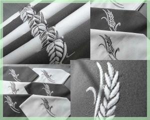 Serviettes de table brodées blé gris et blanc