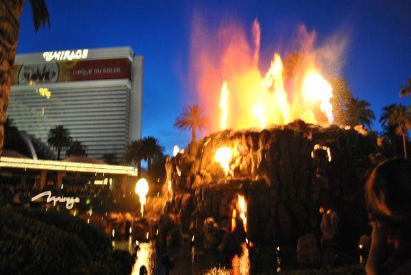 Las Vegas by night (338)