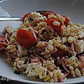 Salade de blé, jambon, tomates cerise et feta.