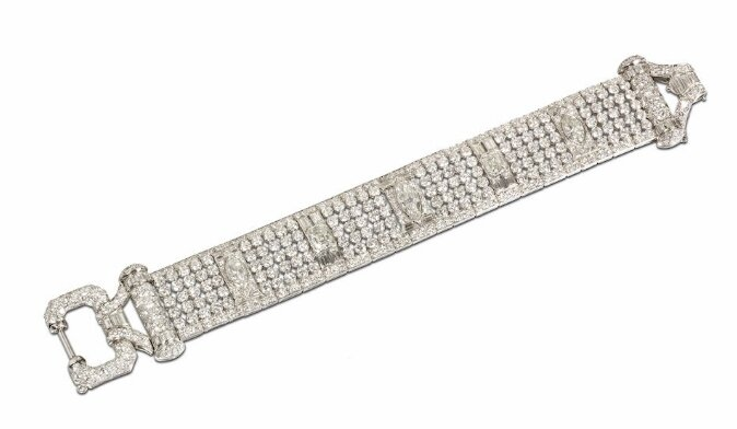 An Art Deco diamond buckle bracelet, circa 1930