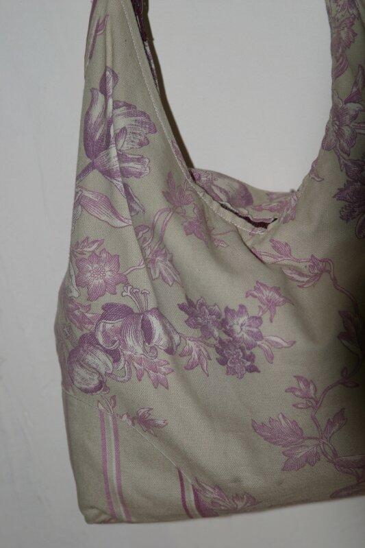 sac violet detail