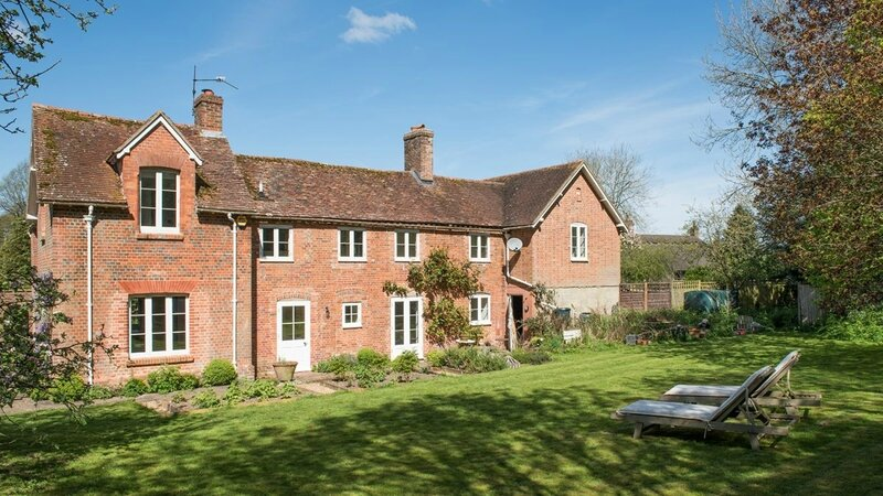 Brook-Lodge-SO24-other-uk-houses-028-1200x675