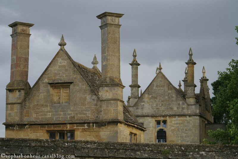 Ox Cot Chipping Campdem