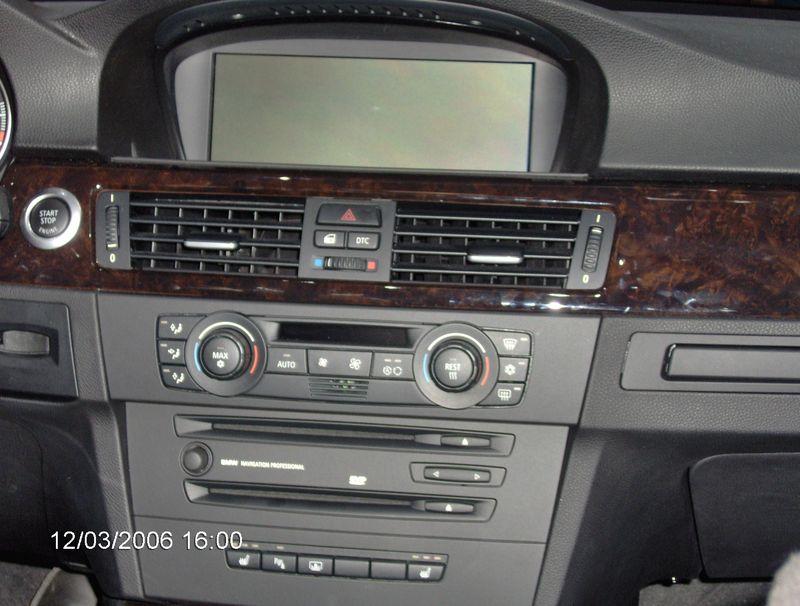 Int rieur de la bmw 320d photo de salon de l 39 auto for Interieur bmw 320d 2000