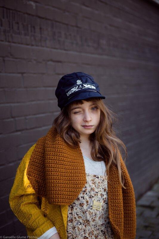 clin d'oeil casquette ikks écharpe noro manteau ocre mercredi bruxelles boutique