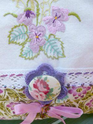 pochette aux violettes