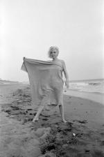 1962-07-13-santa_monica-towel-by_barris-011-02