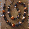 Sautoir orange et noir spirales et bois (N)