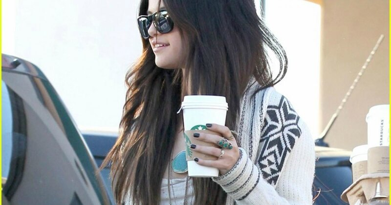 selena-gomez-amies-starbucks-subway-dejeuner