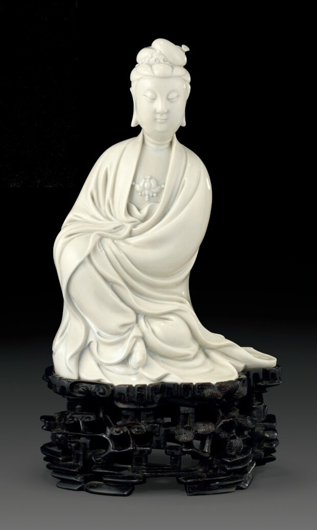A Dehua figure of Guanyin, 17th century