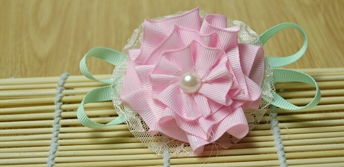 How-to-Make-a-Light-Pink-Ribbon-Rose-Brooch-in-a-New-Way