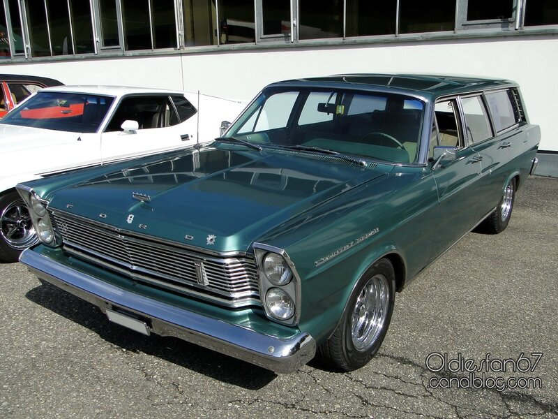 ford-country-sedan-wagon-1965-01