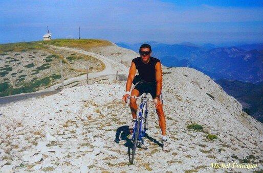 808) Montée à vélo sur la montagne de Lure (Provence)