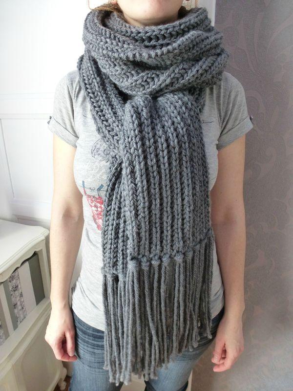 Echarpe xxl aline au pays des mailles - Tricoter une echarpe en laine ...