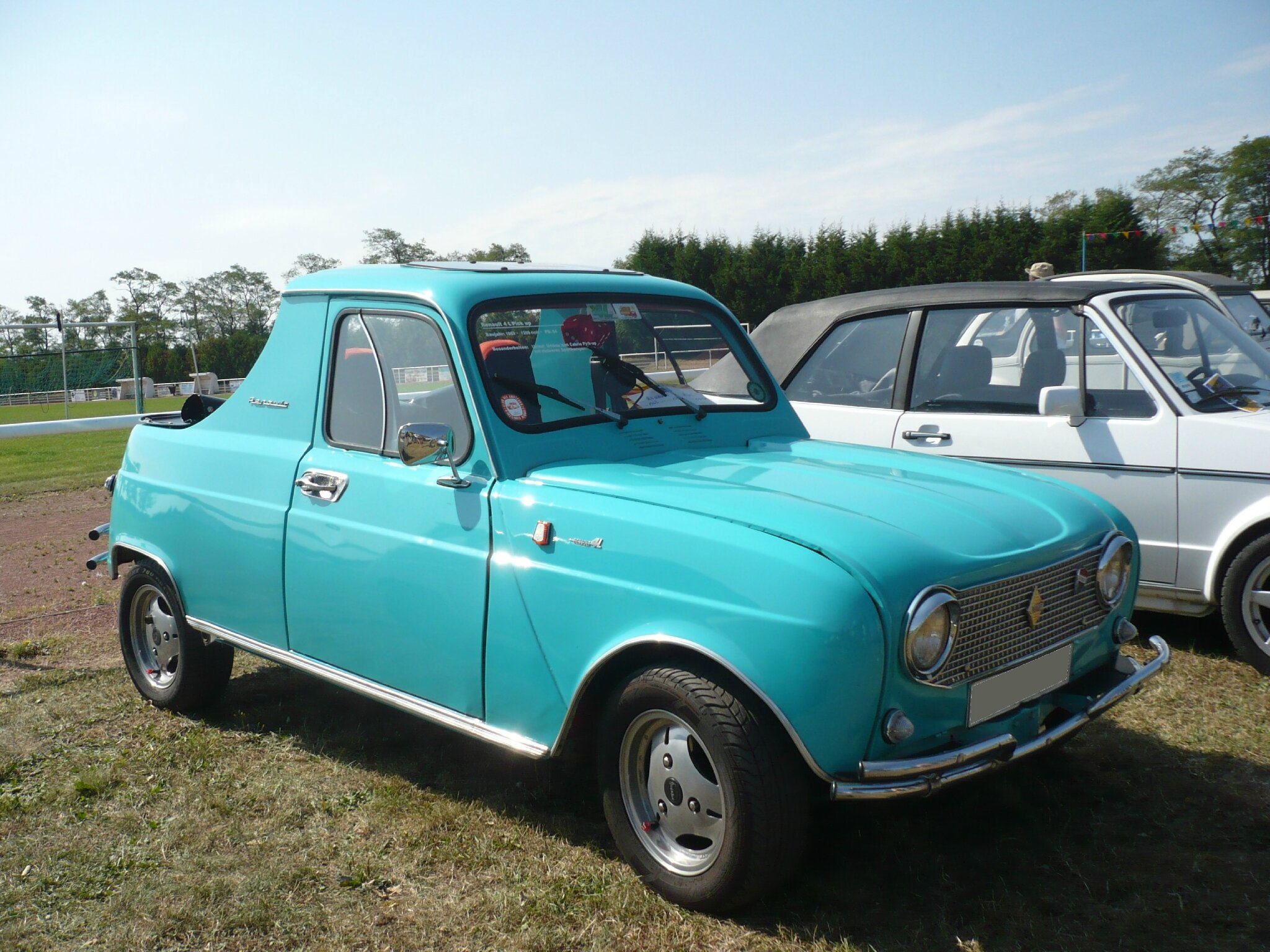 renault 4l pick up 1963 cr hange 1 photo de 081 20e bourse de cr hange le 9 septembre 2012. Black Bedroom Furniture Sets. Home Design Ideas