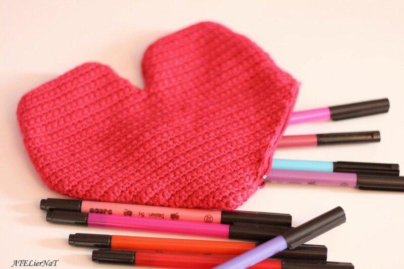 Trousses coeur au crochet3