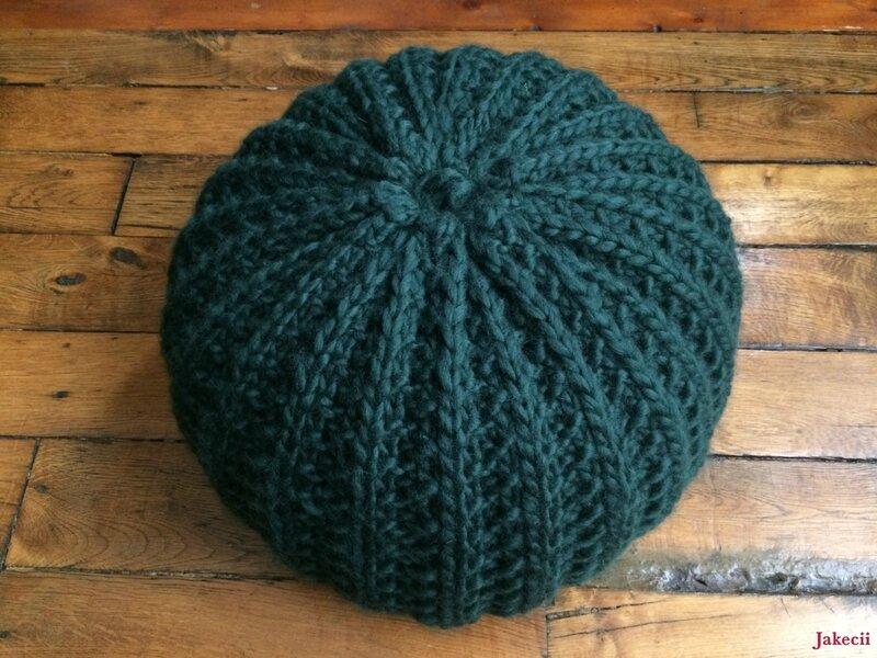 Le Puff Mama - Super facile de décorer avec du tricot !