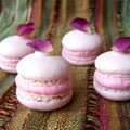 Macarons  la rose pour les amoureux !!!