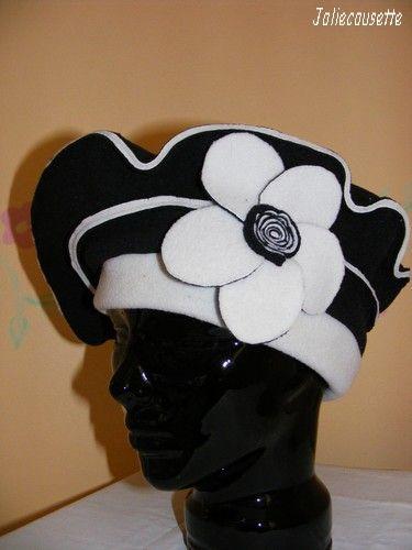 béret noir et blanc