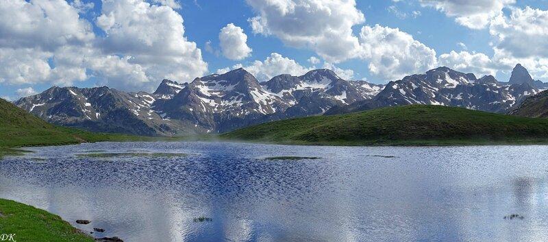 Lac et crête d'Anayet