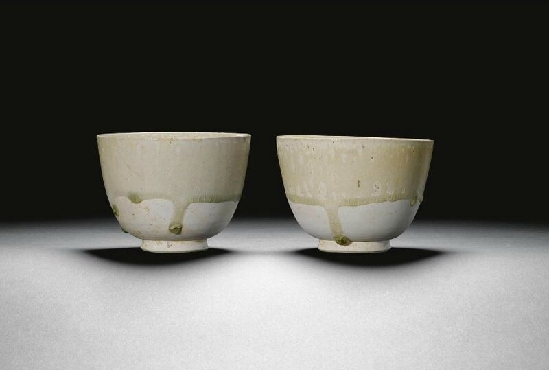 A pair of white stoneware bowls, Sui-Tang dynasty