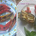 Deux antipasti : roulés de courgettes grillées au fromage frais et poivrons cornus grillés à l'huile d'olive
