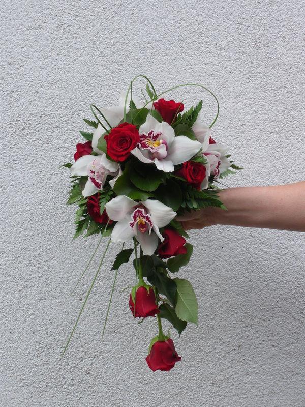 bouquet de mari e cymbidiums photo de art flo bouquet de mari e closcrapflower. Black Bedroom Furniture Sets. Home Design Ideas
