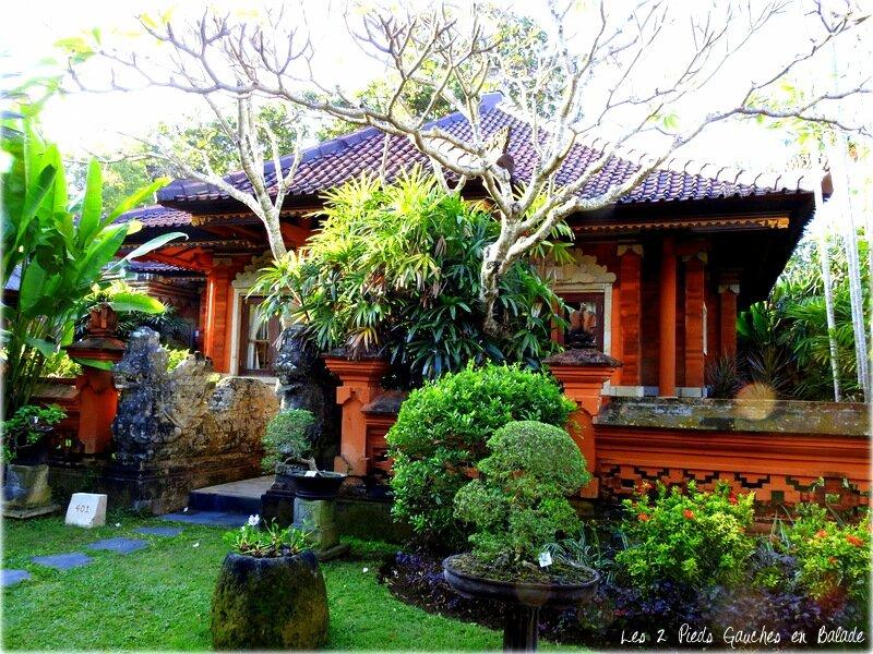 bungalows jimbarran hotel