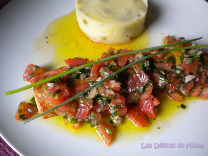Filet de truite saumonée, sauce vierge et purée de pommes de terre aux olives 3