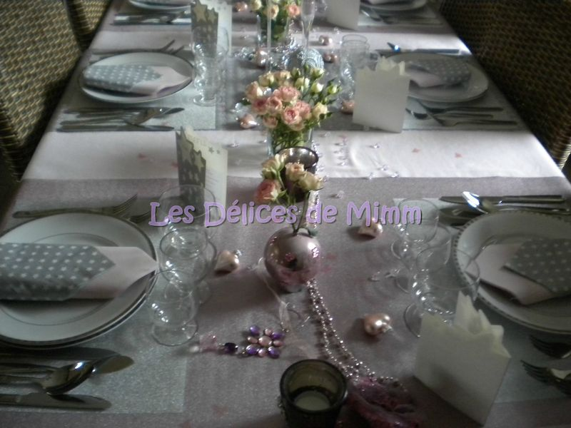 Ma table de no l en rose et argent les d lices de mimm for Decoration reveillon