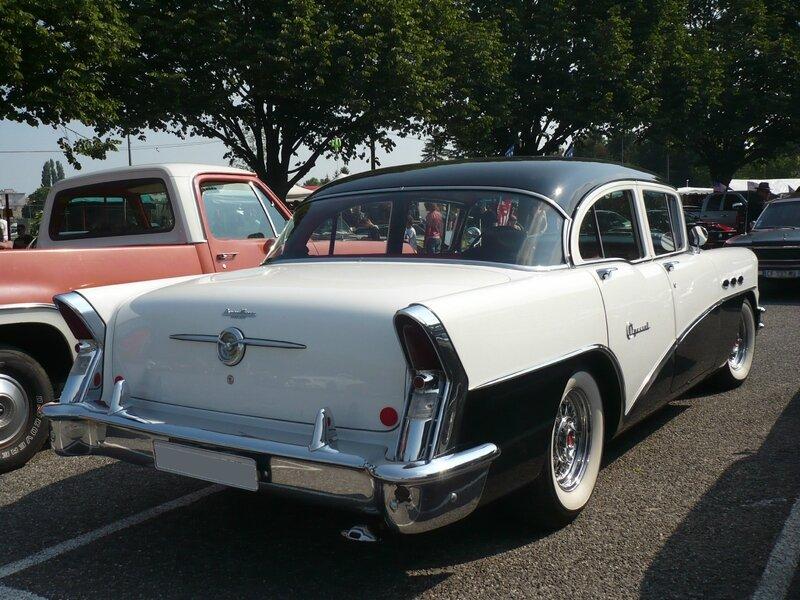 BUICK Special 4door Sedan 1956 Illzach (2)