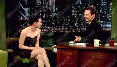 Kristen_Stewart__Jimmy_Fallon_Appearance__November_18th_2009_3
