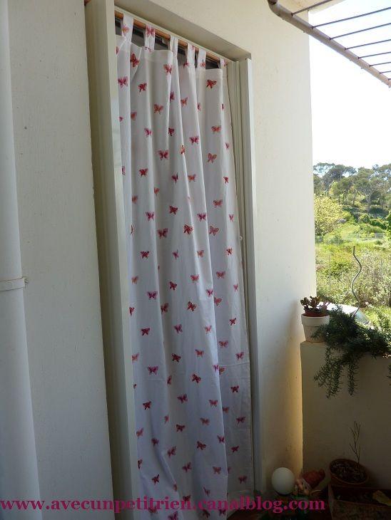 nouveau rideau pour le balcon avec un petit rien. Black Bedroom Furniture Sets. Home Design Ideas