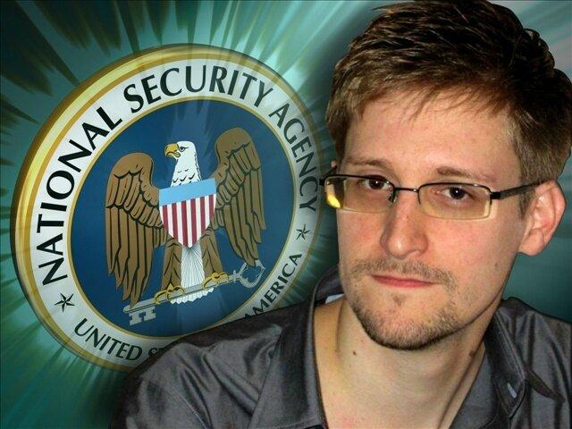 Espionnage/Snowden : Des images montrant la NSA en train d'ouvrir des colis interceptés