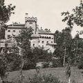 le château vue depuis les champs