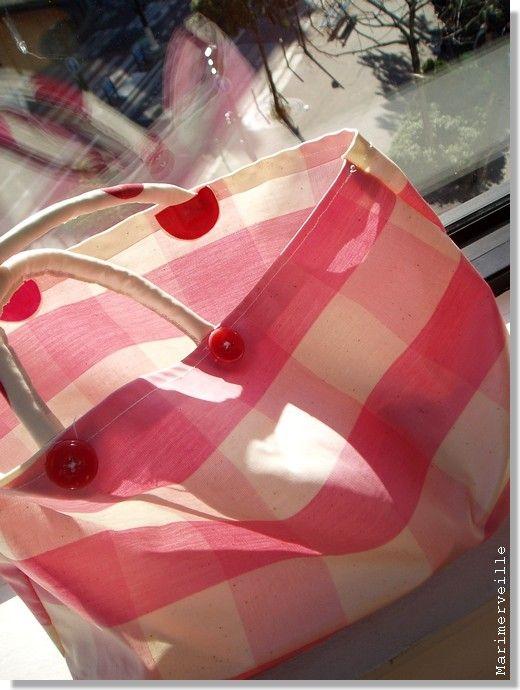 Mon petit sac de rangement , toile cirée, vichy (ajicréations)