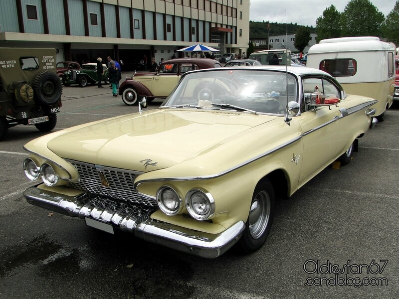 plymouth-fury-coupe-1961-01