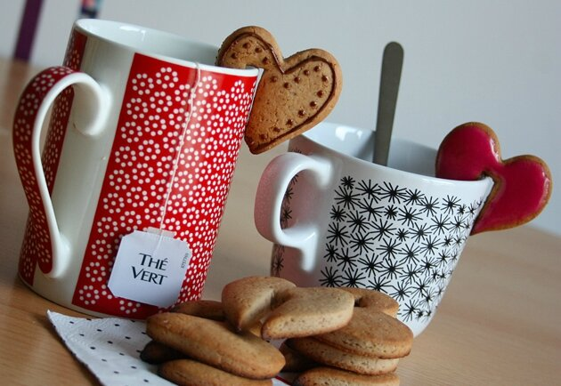 hanging-cup-cookies-side-a-cup-cookies-1
